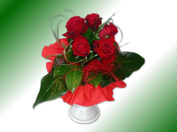 Cvetna oaza - Page 2 Buket-crvene-ruze-srednji_v